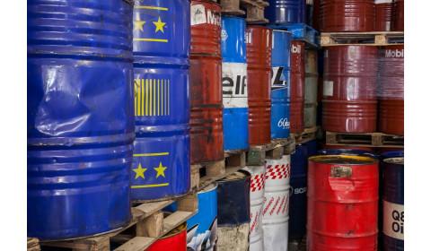 Padėtis – grėsminga, nes alyvos atliekos ir toliau deginamos