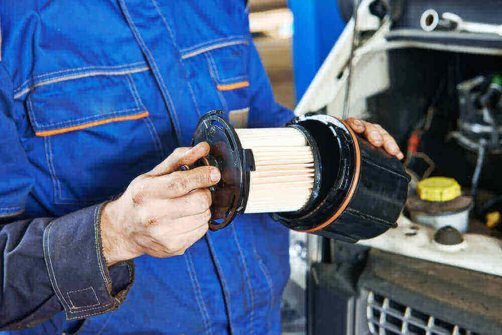 91cba2ab8187eb Mogą być one efektem zatankowania złej jakości paliwa na stacji benzynowej.  Co gorsza, nawet tankowanie na ...