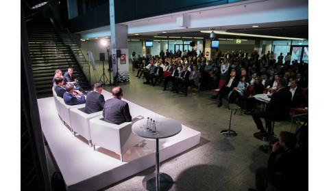 Branżowy lider mierzy wysoko (konferencja Zarządu Inter Cars SA, Warszawa, PGE NARODOWY, 22.09.2017)