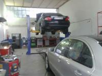 AUTO EXPERT & CO