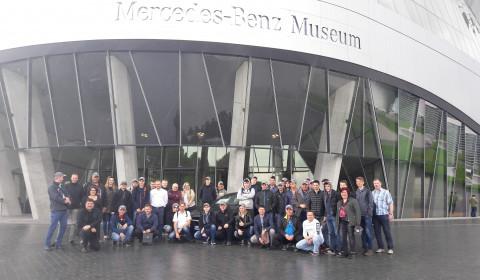 Laureaci Young Car Mechanic odwiedzili kolebkę motoryzacji