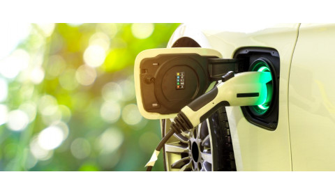 Į ką verta atkreipti dėmesį nusprendus naudotis elektra varomais automobiliais?