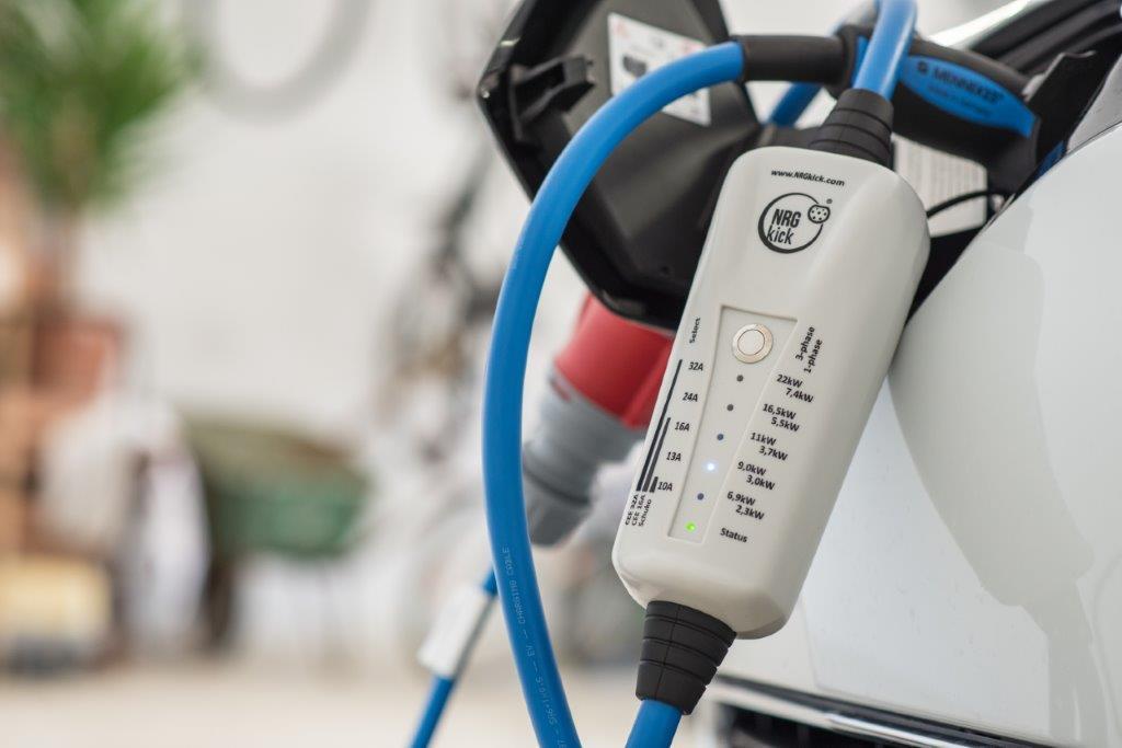 Elektryczne auto dostawcze w firmie_03.jpg