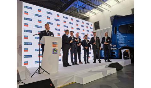 Ford Trucks oficjalnie rozpoczyna sprzedaż na rynku polskim!