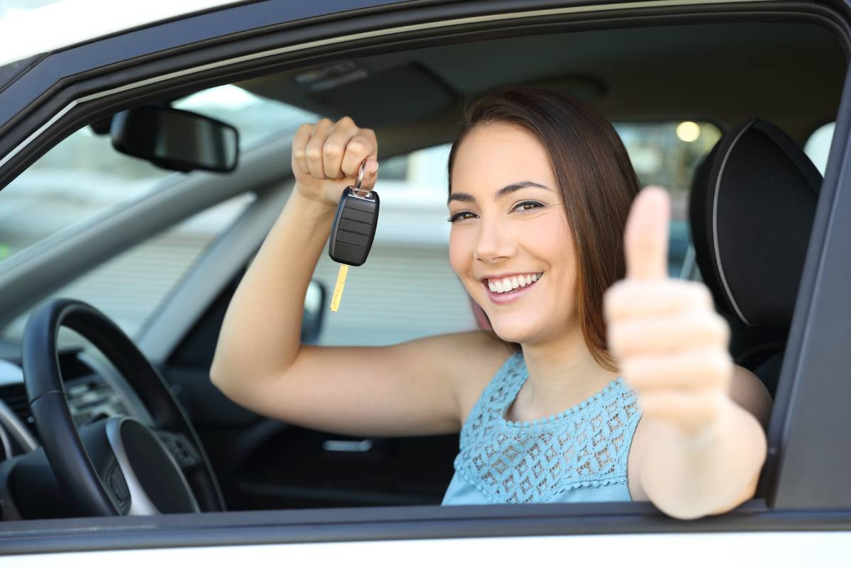 wypozyczalnia-samochodow-kiedy-warto-skorzystac-z-jej-uslug-i-ile-to-kosztuje.jpg