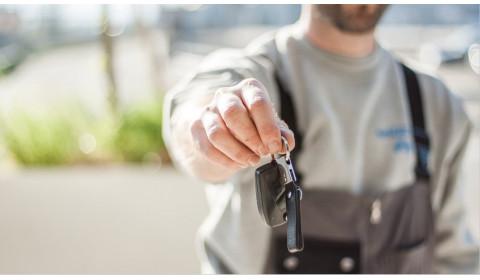 Patarimai autoservisams: kaip saugiai dirbti ir aptarnauti klientus karantino metu?