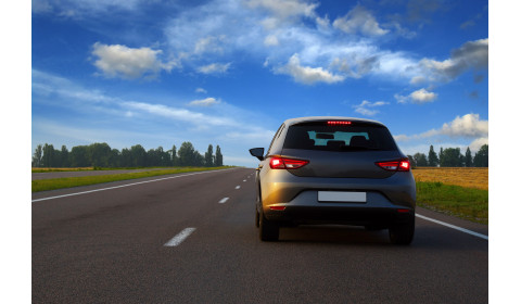 Pandemia koronawirusa –  czy jazda samochodem jest dozwolona?
