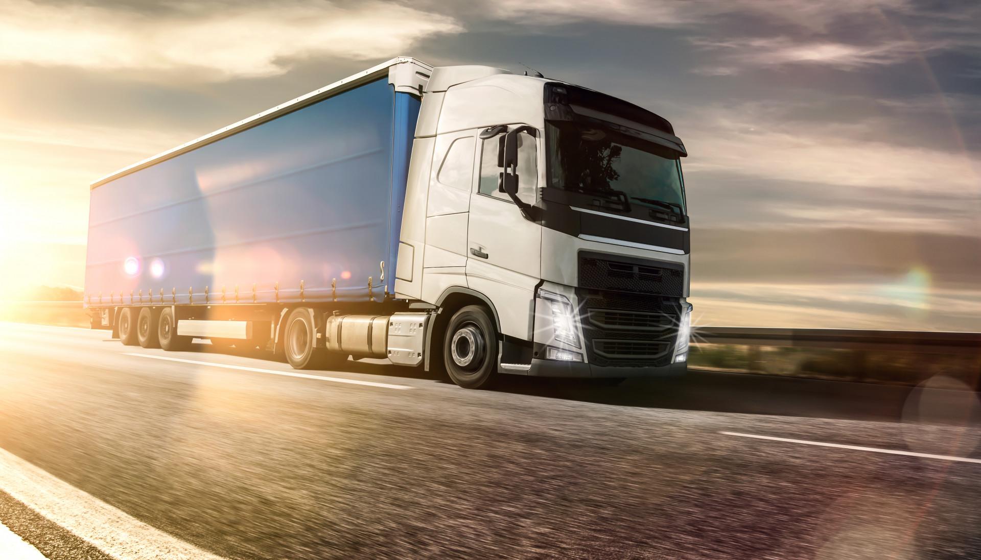 Inter Cars truck.jpg