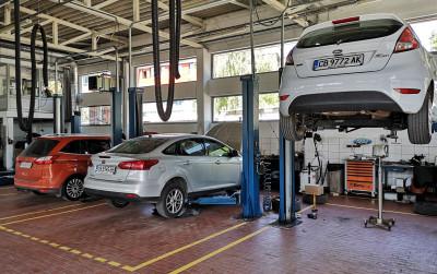 https://cdn.intercars.eu/files/5/5/7/4/9/55749/400x400,f.jpg?v=2020-05-11
