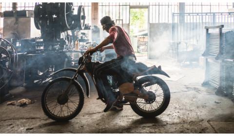 Mechanicy motocyklowi wszystkich warsztatów – łączcie się!