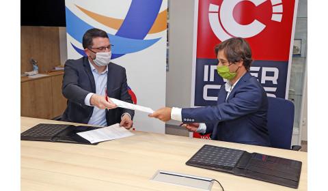 Strategiczna współpraca Total Lubrifiants i Grupy Kapitałowej Inter Cars