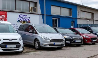 https://cdn.intercars.eu/files/6/1/8/5/8/61858/400x400,f.jpg?v=2020-11-03