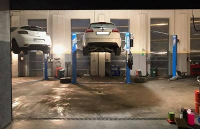 https://cdn.intercars.eu/files/6/4/4/7/4/64474/400x400,f.jpg?v=2021-01-23