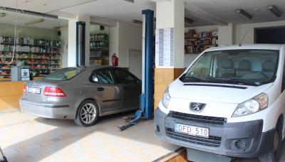https://cdn.intercars.eu/files/6/7/0/3/2/67032/400x400,f.jpg?v=2021-04-01