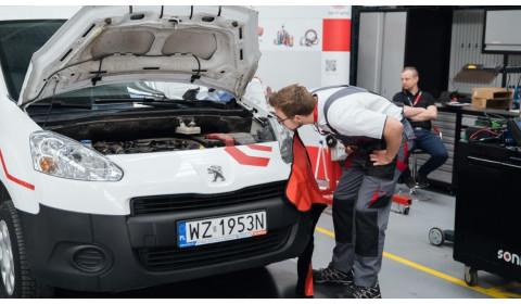 Nauczycielem wszystkiego jest praktyka – polski finał konkursu Young Car Mechanic