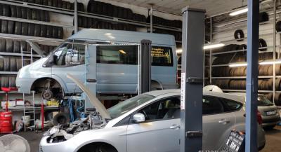 https://cdn.intercars.eu/files/6/9/7/4/5/69745/400x400,f.jpg?v=2021-05-31