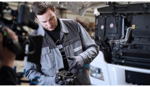 Wymiana modułu osuszacza powietrza – wskazówki Diesel Technic