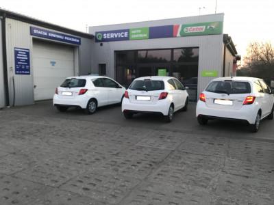 https://cdn.intercars.eu/files/7/7/9/0/1/77901/400x400,f.jpg?v=2021-10-15