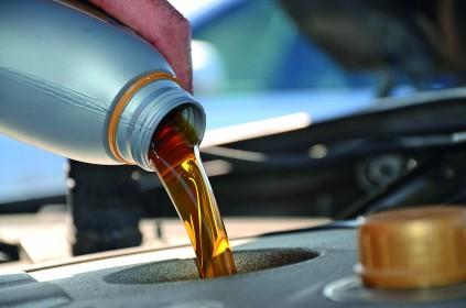 Mitų apie variklines alyvas griovimas